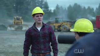 Download Every Gay Moment in 'Riverdale' Season 1 (Best of Kevin Keller) Video