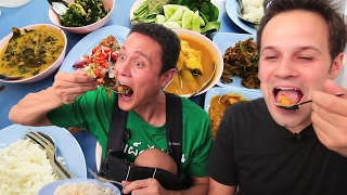 Download Thai Street Food Tour in Bangkok, Thailand | BEST Spicy BURNING Street Food Tour with Mark Wiens! Video