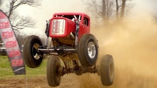 Download ONE AMAZING MEGA TRUCK WITH INSANE POWER Video