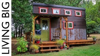 Download Adorable Tiny House Built By Love, Family and Community Video