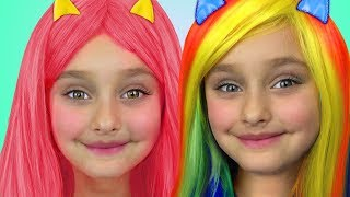 Download Sasha pretend play with dress up and make up toys Video