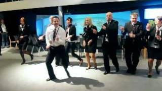 Download John Travolta of FMC dancing @ ONS2010 Video