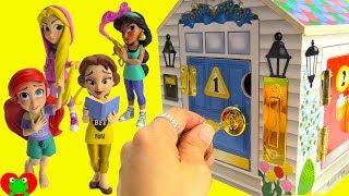 Download Disney Princesses Open Surprise Presents Ariel, Belle, Jasmine, Rapunzel Learn Numbers Video