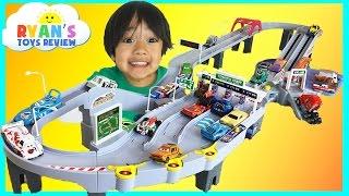 Download Tomica Toll Gate ETC Drive Disney Cars Toys Hot Wheels Takara Tomy Kids Video Ryan ToysReview Video