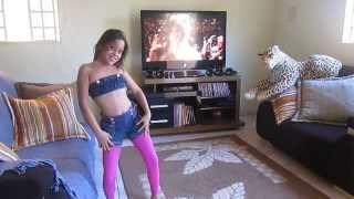 Download Geovanna dançando Anitta Video