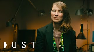 Download Sci-Fi Short Film ″Sunspring″ | DUST A.I. Week Video