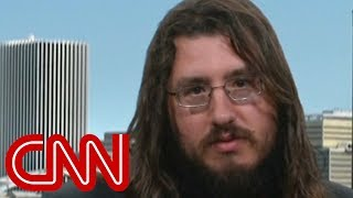 Download 30-year-old evicted from parents' home speaks to CNN Video