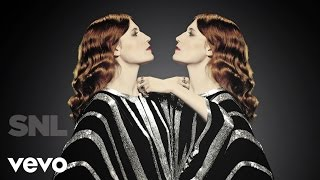 Download Florence + The Machine - Shake It Out (Live on SNL) Video