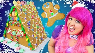Download Decorating Christmas Gingerbread Deluxe House | DIY Wilton Candy Gingerbread House | KiMMi THE CLOWN Video