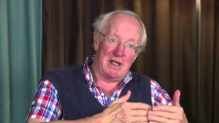 Download Interview with Robert Fisk on what really matters in the Middle East Video