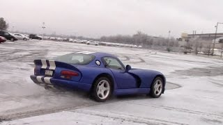 Download Is the Dodge Viper Really That Dangerous? Video