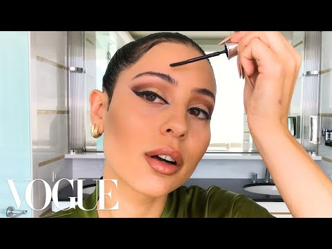 Euphoria's Alexa Demie Shares Her '90s Glam Tutorial | Beauty Secrets | Vogue