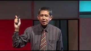 Download ″หมอดูแม่น ๆ″   Kornprom Saengaram   TEDxThammasatU Video