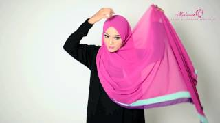 Download 4 Ways to Style Rossa Adrina Shawl Video