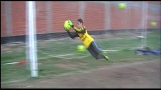 Download شاهد حارس مرمى منتخب مصر القادم * ميدو عادل * Egyptian goalkeeper Video