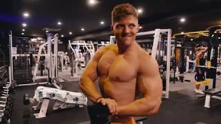 Download CHEST/BACK WORKOUT + SURFING IN AUSTRALIA Video