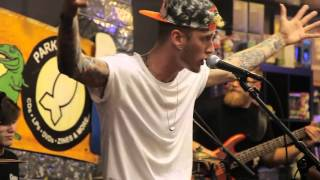 Download Machine Gun Kelly- ″Blue Skies″ Live At Park Ave Cd's Video