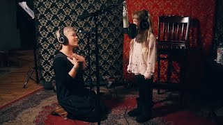 Download P!nk & Willow Sage Hart (P!nk's Daughter) - A Million Dreams/A Million Dreams (Reprise) Video