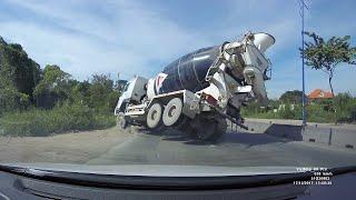 Download Cement Truck Fail || ViralHog Video