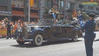 Download Desfile Gran via y Palacio Real Coronación Rey Felipe VI. Motorcades coronation King of spain Video