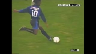 Download Clarence Seedorf | Inter 2-2 Juventus | 2001-02 Serie A Round 26 Video