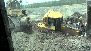 Download Caterpillar D-8 Bulldozer Stuck in the mud Cat D-9 Pull it out Video