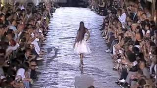 Download Naomi Campbell for Roberto Cavalli 2007 Video