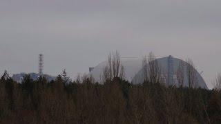 Download Ukraine: inauguration mardi du dôme recouvrant Tchernobyl Video