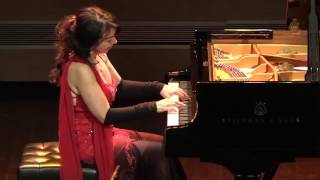 Download Brazilian pianist, Eliane Rodrigues, LITERALLY taking the performance below the stage! Video