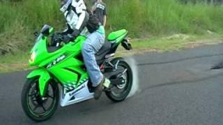 Download 250 ninja R 3gear burnout Video