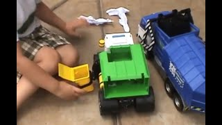Download Garbage Trucks! Video