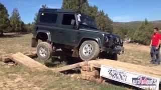 Download Land Rover defender 90 td5 vs defender 300 tdi vs discovery Video