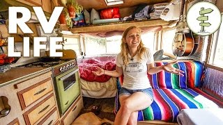 Download Minimalist Couple Living in a Tiny Camper Trailer That Cost Only $1,800 - RV Life Video