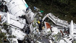Download At least 75 killed as plane carrying Brazilian football club crashes in Colombia Video