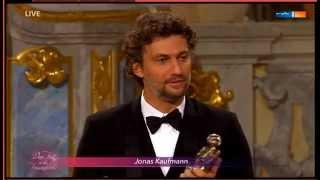 Download Jonas Kaufmann receives a Europäischen Kulturpreise 2015 & sings Recondita armonia Video