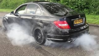 Download Cars & Coffee Dordrecht 2017 burnout Video