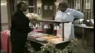Download Cedric The Entertainer playing Cafeteria Lady Video