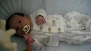 Download 3wks old ethan - crying Video