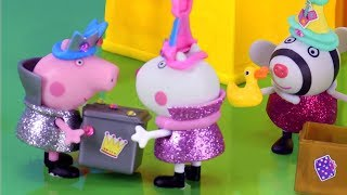 Download Peppa Pig Stop Motion | What's inside Peppa's Secret Surprise Box? | Peppa Pig Official | 4K Video