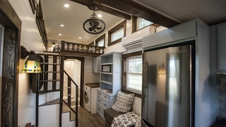 Download Luxury Tiny House Leaves Little To Be Desired Video