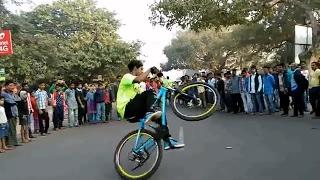 Download Cycle stunt at rahagiri 2017 Video
