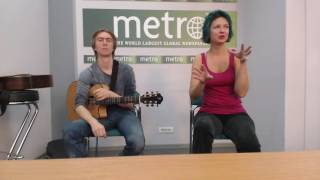 Download Солистка группы ″Мельница″ Хелависа в офисе редакции газеты Metro Video
