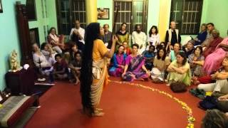 Download Parvathy Baul performs ″Karuna″ in Tiru Video