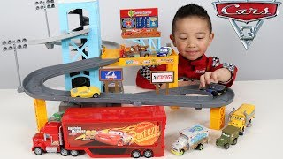 Download PISTON CUP MOTORIZED GARAGE Disney Cars 3 Toy Unboxing Fun With Ckn Toys Video