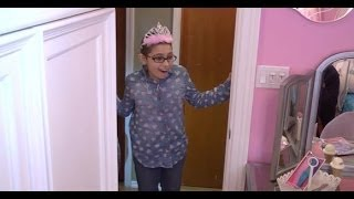 Download Nine-Year-Old Girl with Leukemia gets Her Wish for a Princess Room Video
