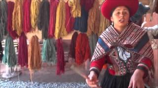 Download Chinchero, Cusco....hilos ancestrales Video