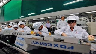 Download Foxconn to replace workers with 1 million robots Video