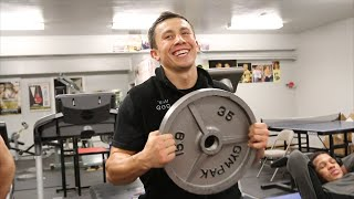 Download Gennady Golovkin vs. Martin Murray- Golovkin full ab workout- Big Bear, CA Video