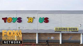 Download Elizabeth Warren blames private equity for demise of Toys 'R' Us Video