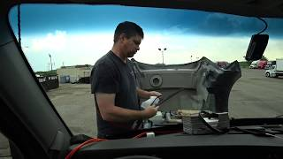 Download June 16, 2018/775 Larry changes the wiper blade Video